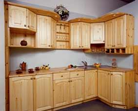 Кухня выполнена полностью из массива сосны. Оригинальный дизайн!