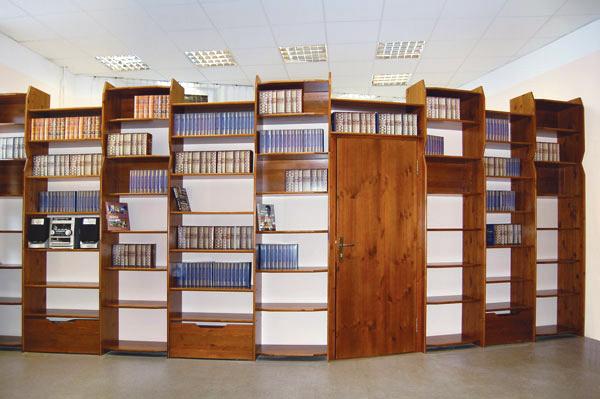 Письменные шкафы